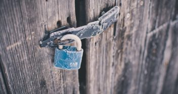 how to remove padlock without key